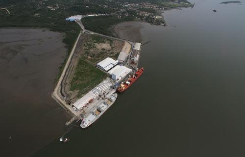 Portos de Paranaguá e Antonina serão empresas públicas