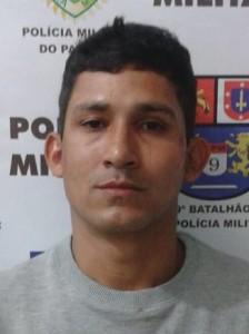 Bate o carro, foge e é preso em Antonina, Paraná